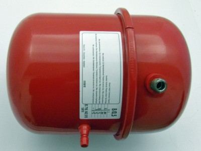 Vase d'expansion 8l diamètre 197mm valve 3/8 BOSCH THERMOTECHNOLOGIE