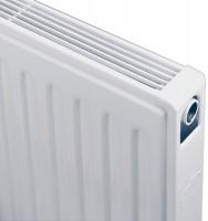 Radiateur compact 4 connexions TYPE 21S hauteur 400mm 16 éléments largeur 640mm 612W BRUGMAN