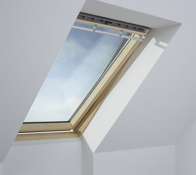 Fen tre de toit integra tout confort velux saint nazaire for Fenetre de toit ggl