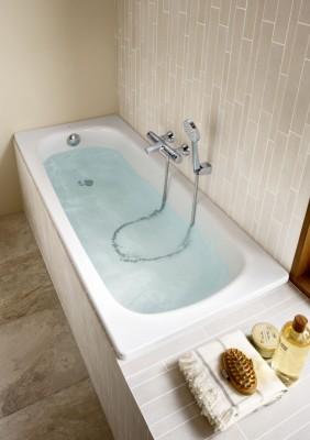 baignoire contesa nue 1600x700mm blanc roca argenteuil 95100 d stockage habitat. Black Bedroom Furniture Sets. Home Design Ideas