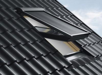 store pare soleil lectrique mml pour fen tre de toit sk06 114x118 cm gris anthracite velux. Black Bedroom Furniture Sets. Home Design Ideas