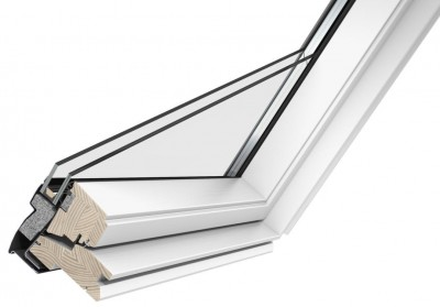 fen tre de toit 134x140cm rotation tout confort velux. Black Bedroom Furniture Sets. Home Design Ideas