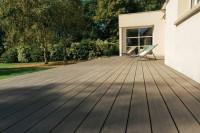 Lame de terrasse en bois composite SILVADEC ELEGANCE gris anthracite finition structurée 23x138 longueur 4m