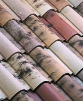 Tuile sous-faîtière OMEGA 10 vieux toit IMERYS