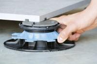 Plot réglable pour dalles de 40 à 65mm