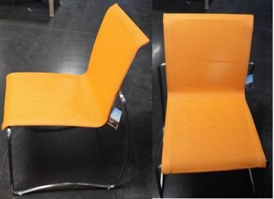 Chaise empreinte empilable orangeade HEDONE
