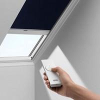 Store occultant solaire DSL pour fenêtre de toit C02 55x78cm bleu foncé VELUX