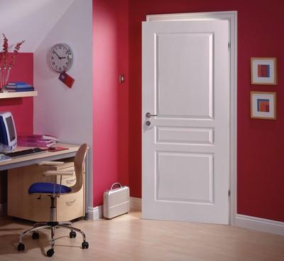 Bloc-porte isolant postformé traverse droite pré-peint droite poussante largeur 730 huisserie 67x57