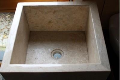Vasque sur pied carrée marbre beige 16x16cm 13x13cm