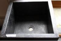 Vasque sur pied carrée marbre noir 16x16cm 13x13cm