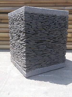 Pot Pila carré hauteur 80x40x20cm