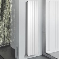 Radiateur vertical BUTTERFLY 1 800 puissance 907W DECORAL