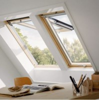 Fenêtre de toit CONFORT 98x78 VELUX