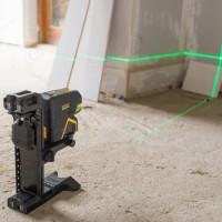 Niveau laser croix + 2 points faisceau vertical