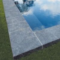 Margelle granit 1 BORD CHANF.1 GOUTTE EAU biasca light 35x100cm épaisseur 30mm