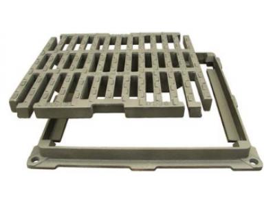 Grille fonte carrée plate PMR ELITA PL 60 C250 615x615-500x500