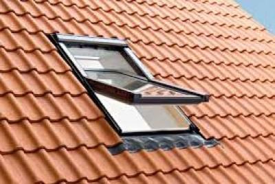 Fenêtre de toit bois Q-4 H2G S1 CONFORT FRO 134x98cm ROTO FRANK