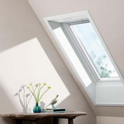 fen tre de toit ggu sk06 0076 dim 114 x 118 cm velux senlis 60300 d stockage habitat. Black Bedroom Furniture Sets. Home Design Ideas